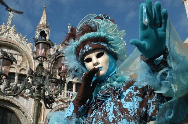 Black and Blue - Carnevale di Venezia