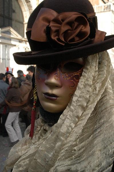 Bombetta marrone - Carnevale di Venezia