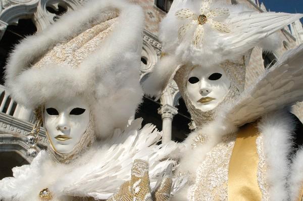 Piume bianche - Carnevale di Venezia